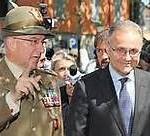Il gen. Graziano  con il Ministro Mauro